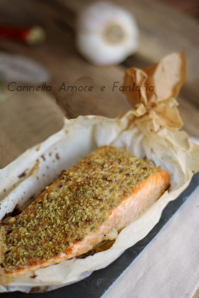 Salmone con crosta di pistacchi