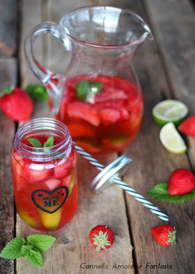 limonata alle fragole e lime +