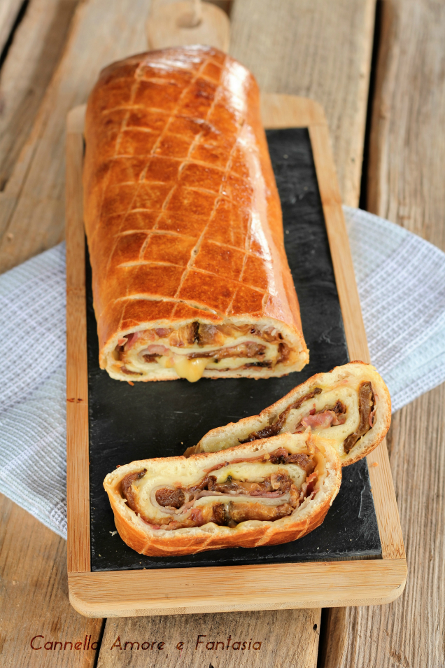 Rotolo con zucchine pancetta e formaggio ricetta