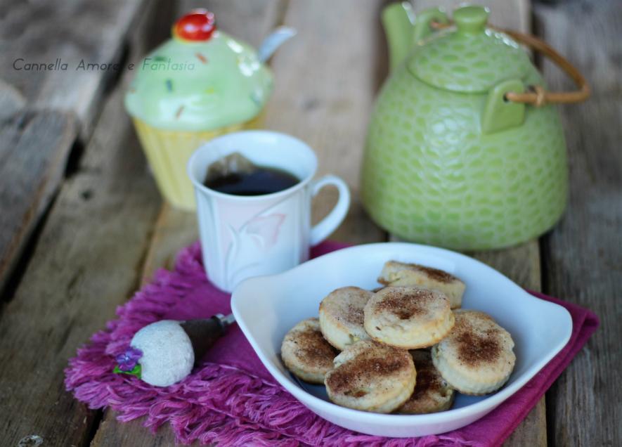 Biscotti alle mele - ricetta velocissima