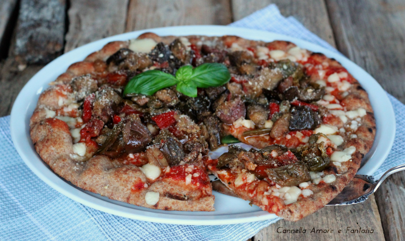 Pizza integrale con verdure gratinate