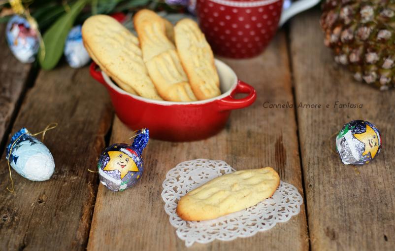 Biscotti norvegesi natalizi ricetta riflekjeks