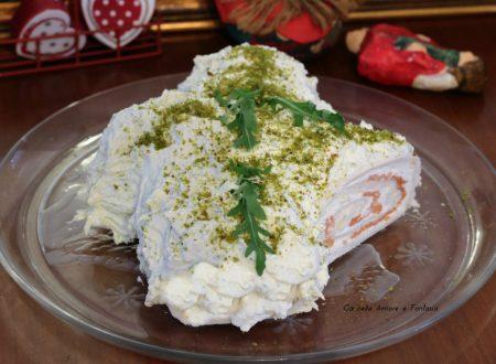 Tronchetto salato al salmone e ricotta