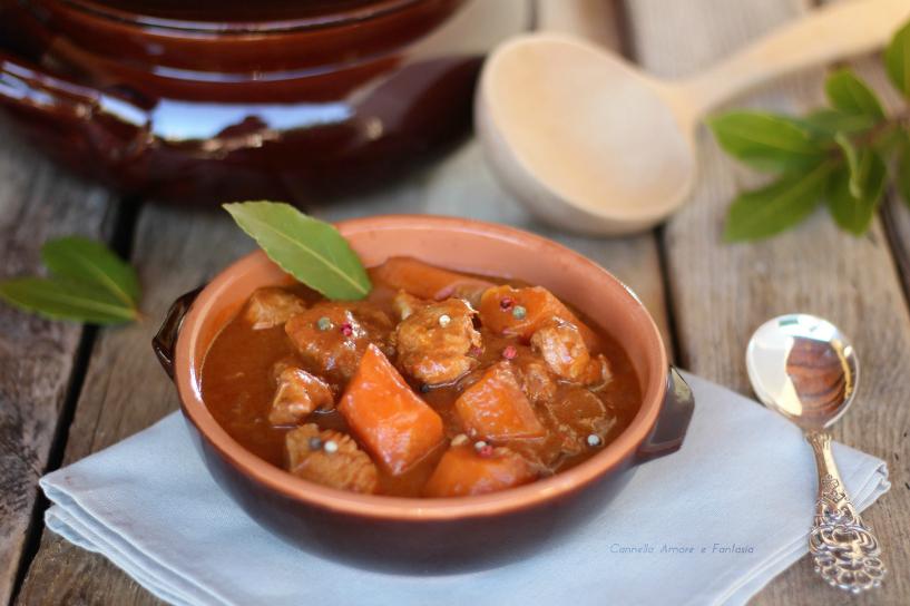 Gulash di petto di pollo - ricetta Ungherese
