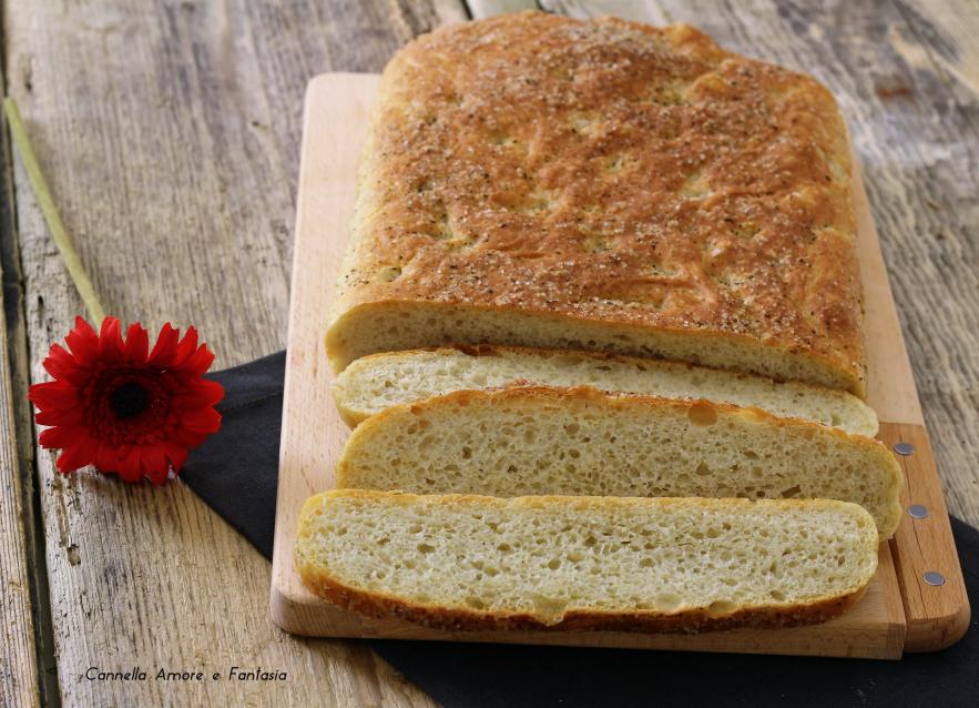 Focaccia con farina di farro - ricetta veloce