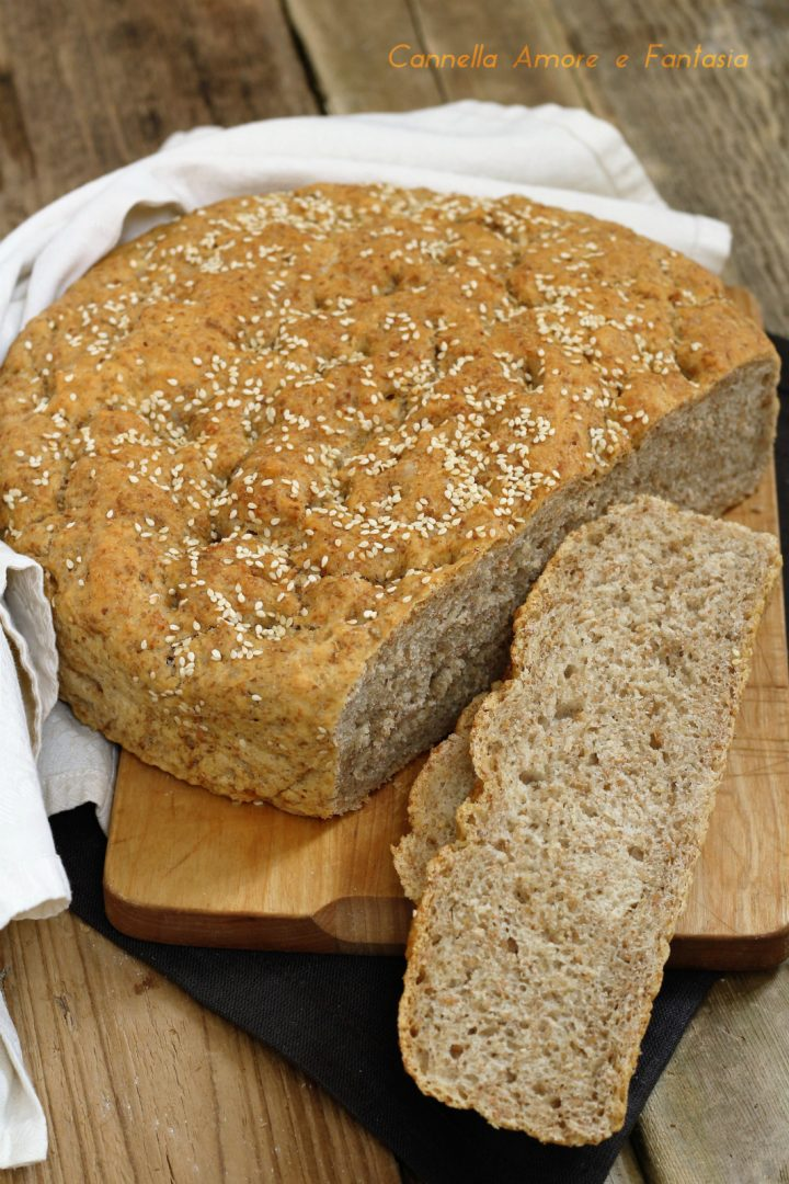 Pane integrale con semi di sesamo senza impasto