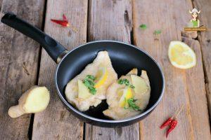 Petti di pollo in padella zenzero e limone