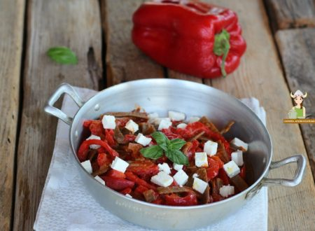 Maltagliati integrali con peperoni e feta