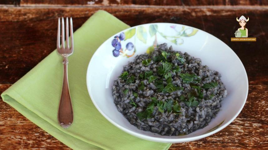 Risotto al nero di seppia ricetta tradizionale siciliana for Casa tradizionale siciliana