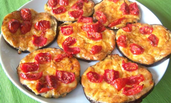 Pizzette di melanzane, un gustoso antipasto vegetariano
