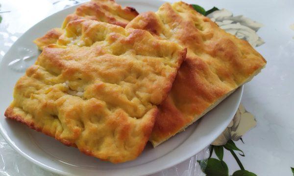 Potato cake (focaccia di patate)