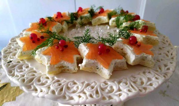 Tartine al salmone affumicato