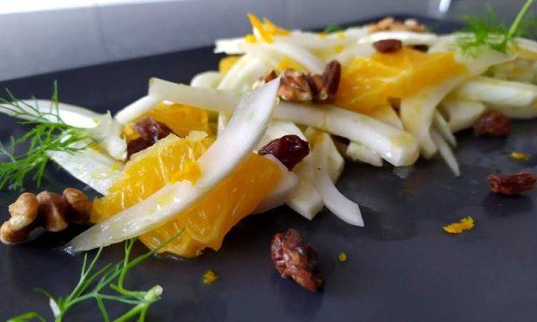 Insalata di finocchi e arance, un contorno rinfrescante c
