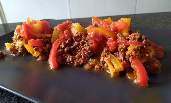 La vecchia di Parma: la peperonata con carne di cavallo c
