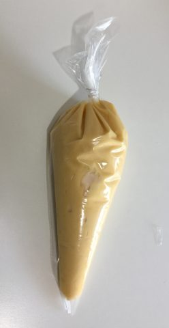 Pasta choux, impasto neutro per preparazioni sia dolci che salate. Bignè, eclaire, zeppole di San. Giuseppe