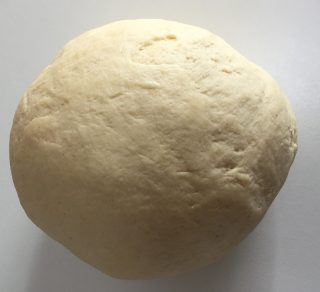 Pardulas o formagelle, dolce tipico sardo delle feste pasquali