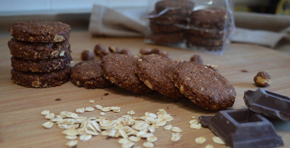 Gran Cereale al cioccolato, croccanti biscotti con nocciole ricchi di fibra