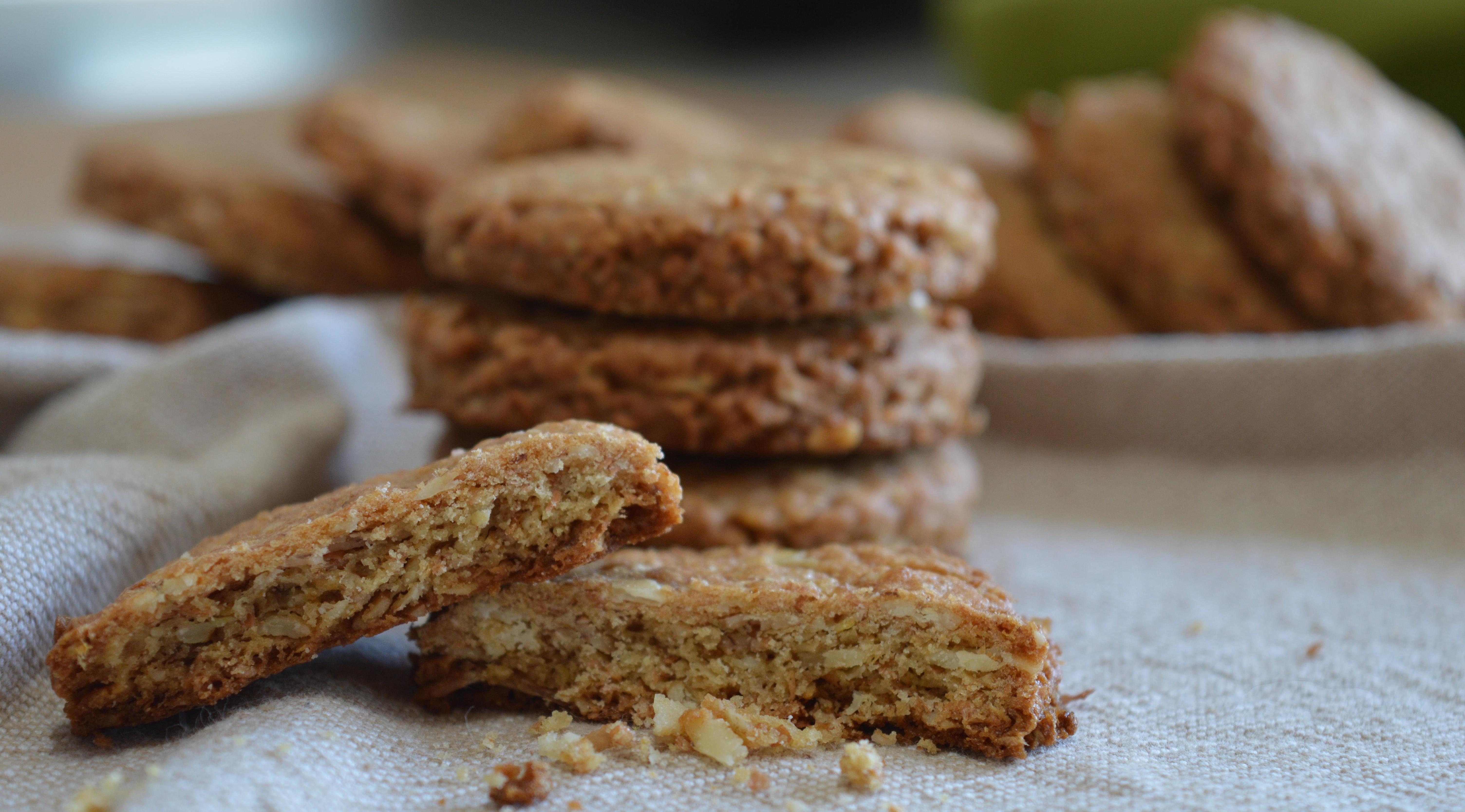 Biscotti ai cereali, croccanti e genuini.