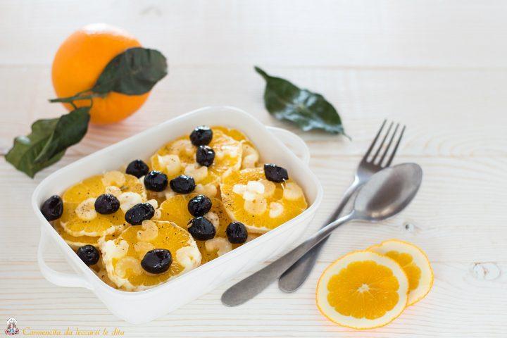 Insalata di arance con olive nere e sedano