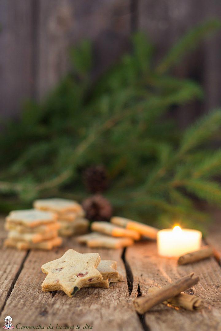 Biscotti friabili canditi e spezie