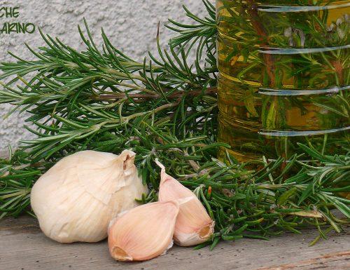 Olio antimosche aglio e rosmarino