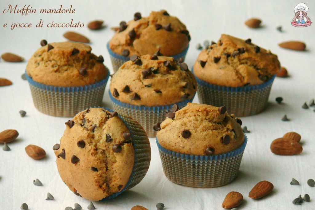Muffin mandorle e gocce di cioccolato