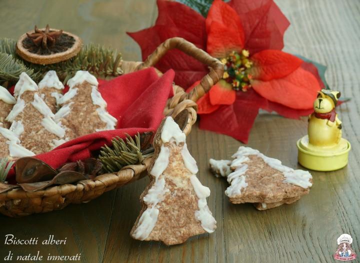 Biscotti alberi di natale innevati