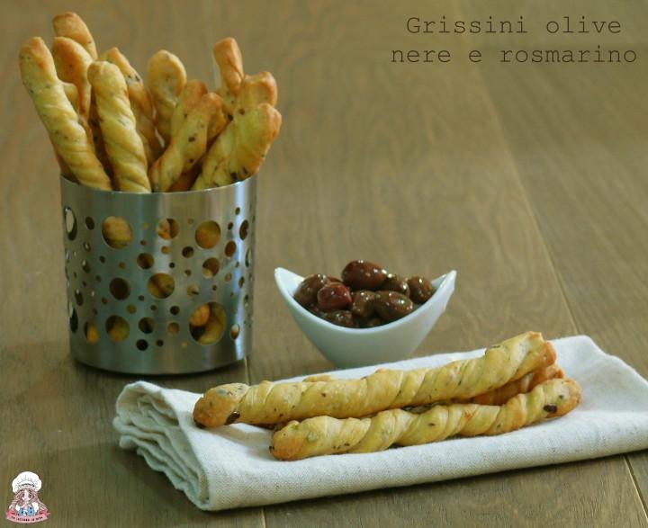 Grissini olive nere e rosmarino