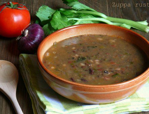 Zuppa rustica di legumi ricetta della nonna
