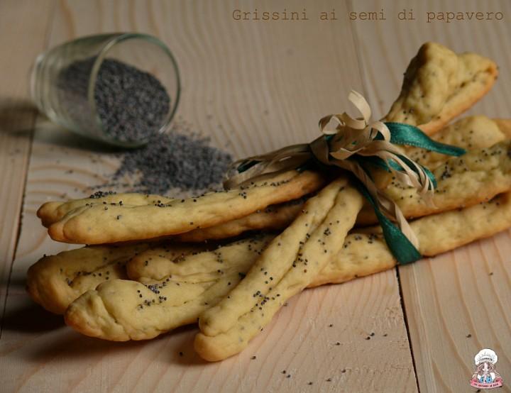 Grissini ai semi di papavero