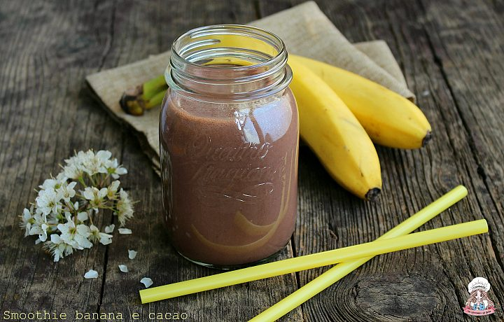 Smoothie banana e cacao