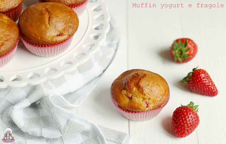 Muffin yogurt e fragole