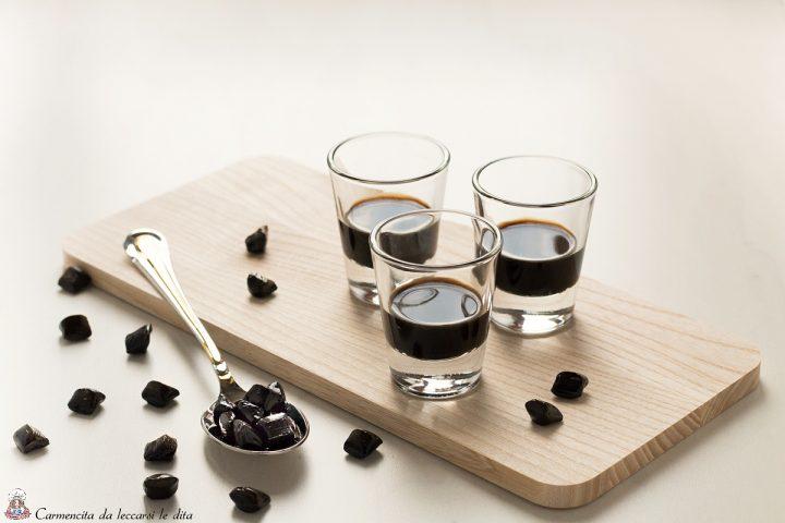 Liquore alla liquirizia ricetta per farlo in casa