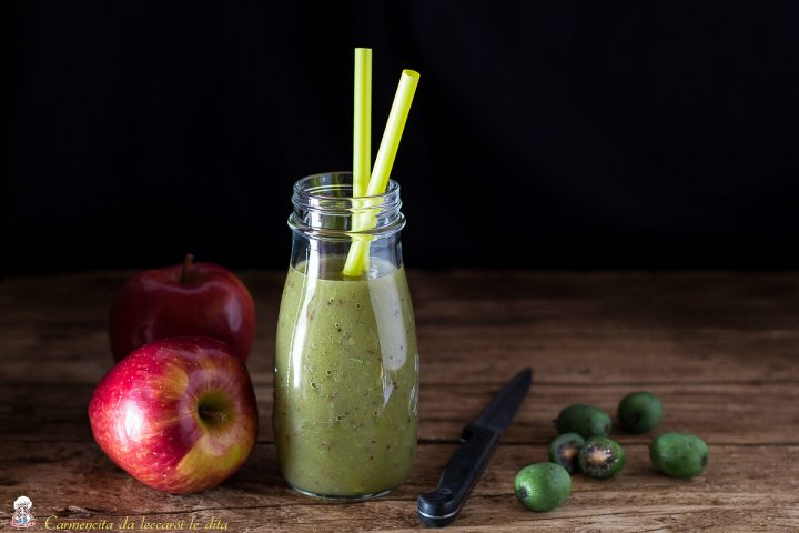 Succo di frutta mele e nergi