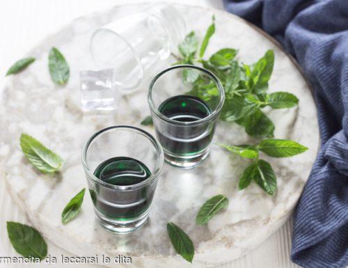 Liquore alla menta