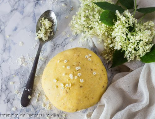 Pasta frolla ai fiori di sambuco
