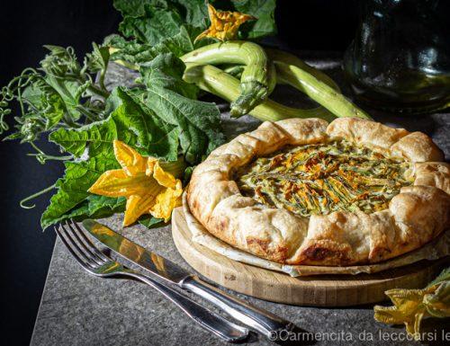 Torta salata con zucchine e fiori di zucchine