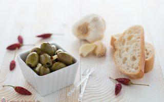 Olive verdi sott olio