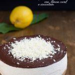 Cheesecake di ricotta e panna con lemon curd e cioccolato