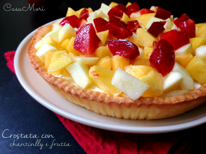 Crostata con chantilly e frutta