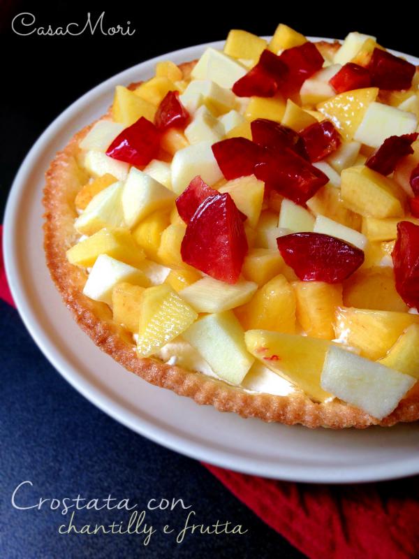 Crostata con chantilly e frutta