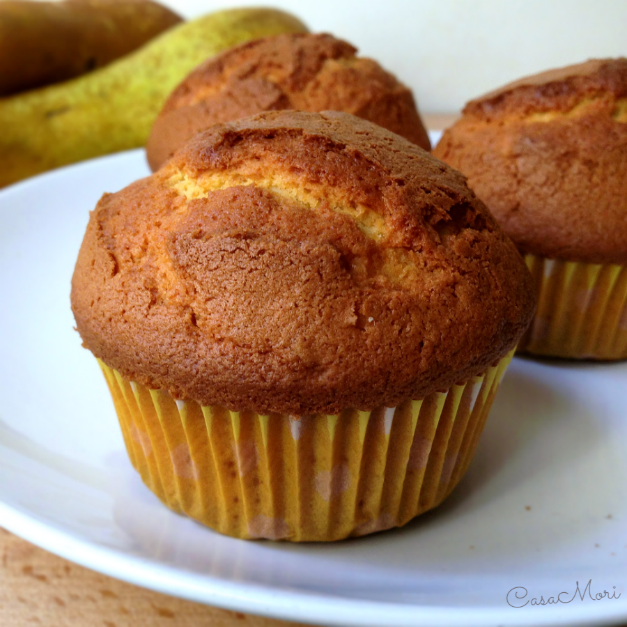 Muffin allo yogurt con pere