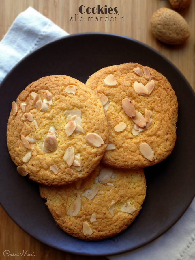 Cookies con mandorle a lamelle