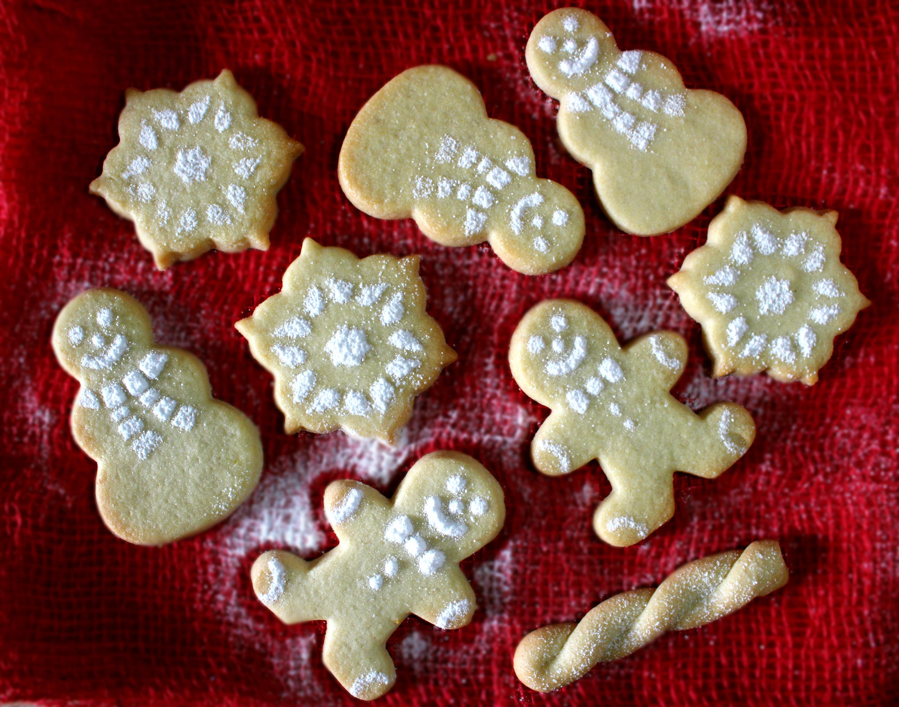 Biscotti di Natale di frolla sablé al limone