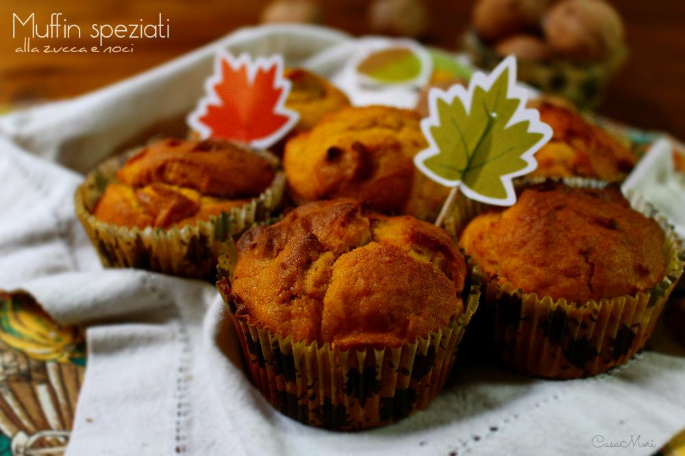 Muffin speziati alla zucca e noci