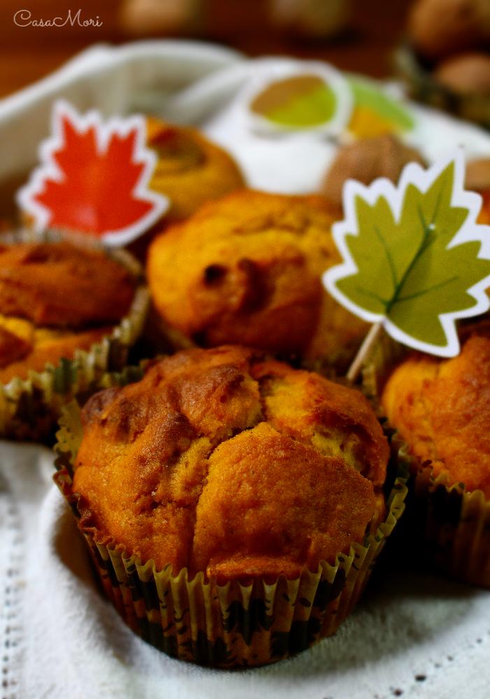 Muffin speziati alla zucca e noci -