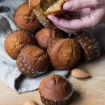 Muffin al caffè con le mani di Monique