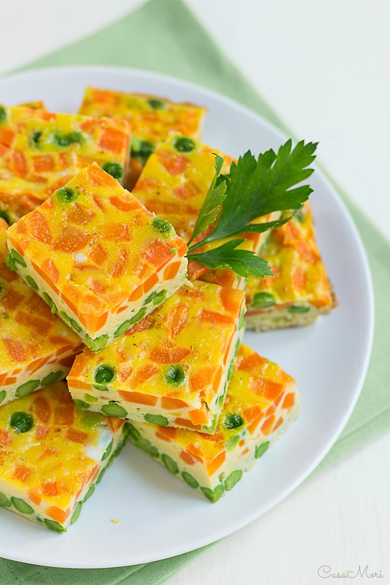 Frittata in forno con piselli e carote
