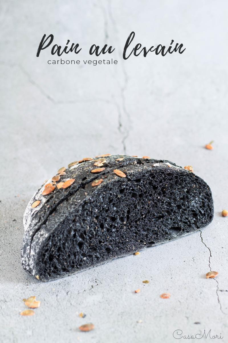 Pain au levain con carbone vegetale