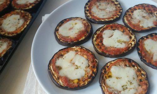 Pizzette di melanzane (e di pane)
